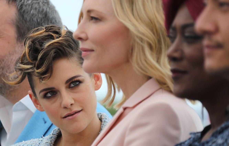 Фото обои взгляд, Kristen Stewart, Кристен Стюарт, Кейт Бланшетт, Cate Blanchett, Cannes Film Festival, каннский кинофестиваль 2018