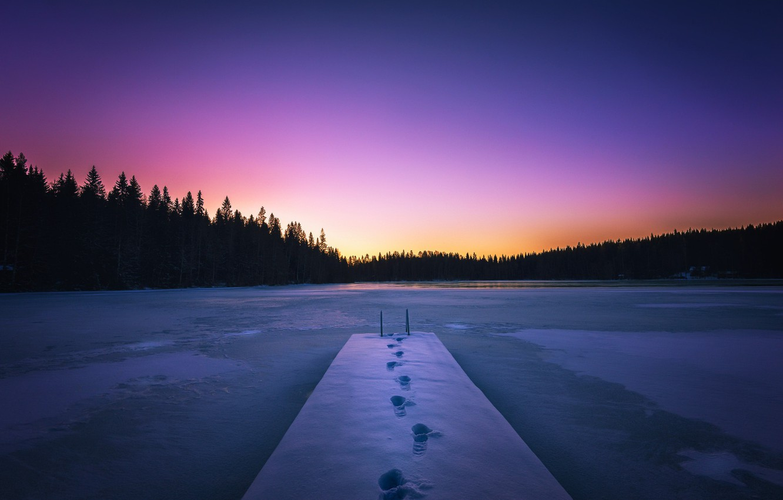 Фото обои снег, закат, мост, озеро