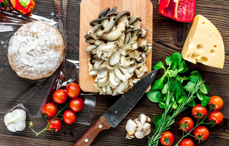 Фото обои грибы, сыр, пицца, томат, тесто, ассорти, заготовка