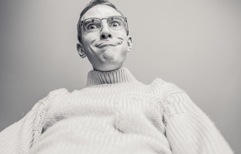 Фото обои лицо, фото, фокус, Человек, очки, уши, Странно, photos, свитер, focus, face, funny, glasses, Man, ears, …