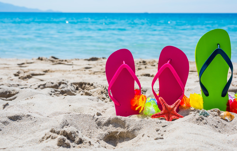 Фото обои песок, море, пляж, лето, отдых, ракушки, summer, beach, каникулы, sand, сланцы, vacation, starfish, seashells