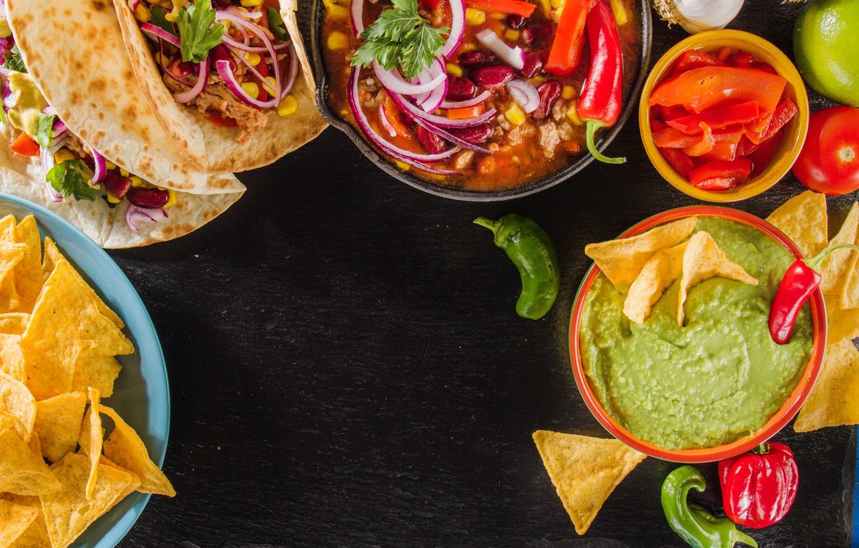 Фото обои кукуруза, лук, перец, соус, начос, песто, тако, мексиканская кухня