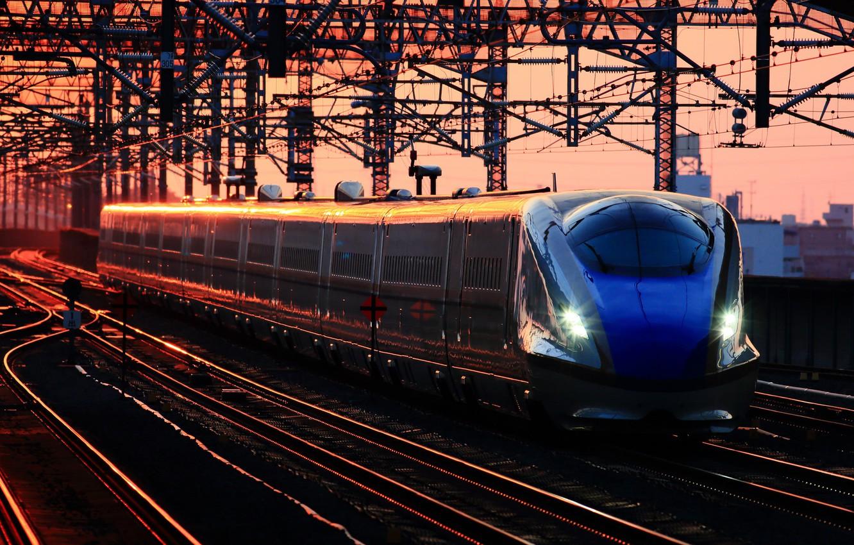 Фото обои рассвет, поезд, станция, вагоны