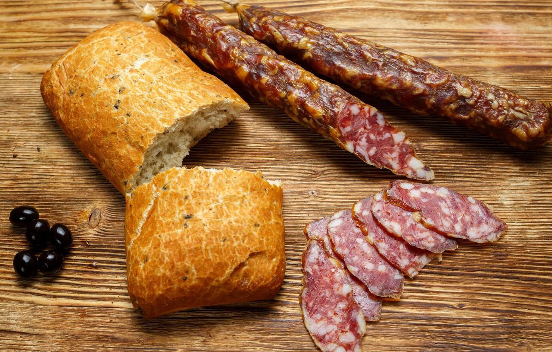 Фото обои хлеб, колбаса, маслины
