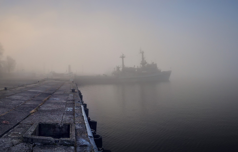 Обои туман, корабль, пристань. Города foto 6