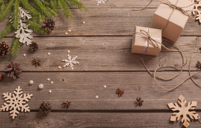 Фото обои снежинки, новый год, подарки, шишки, ветки ели