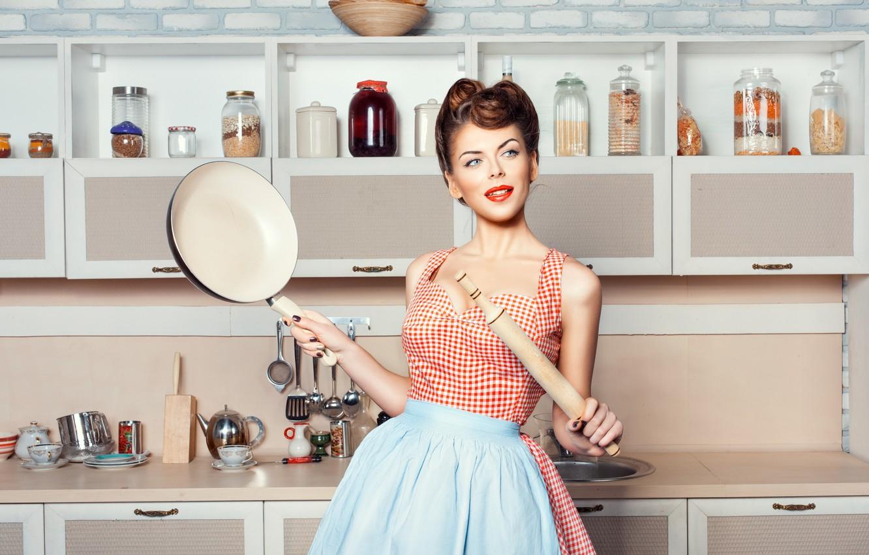 Фото обои девушка, кухня, посуда