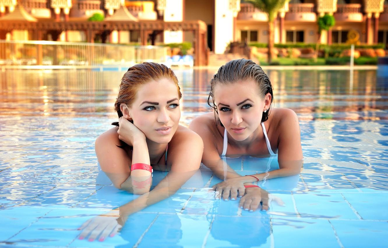 новым красивые фото людей у бассейна заключении раскрашиваем рисунок