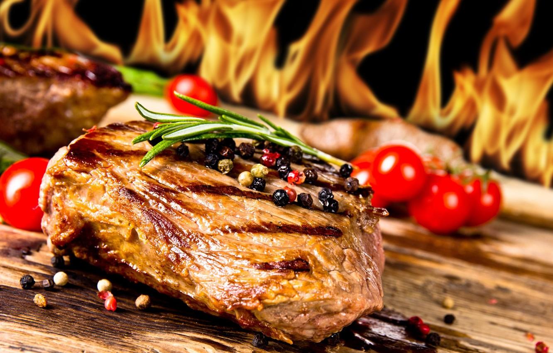 Обои огонь, пламя, мясо, специи, стейк, гриль картинки на рабочий стол, раздел еда - скачать