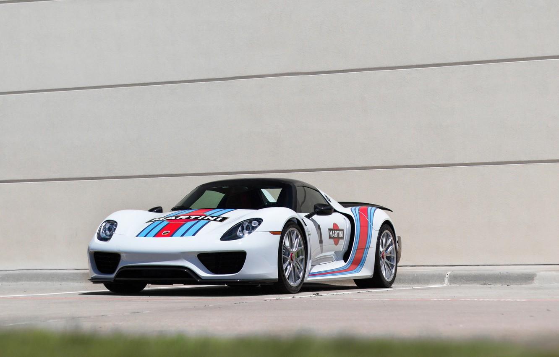 Фото обои Porsche, white, Spyder, 918, mrtini