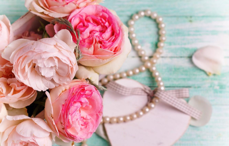 Фото обои цветы, розы, букет, love, розовые, vintage, heart, wood, pink, flowers, romantic, roses, candle