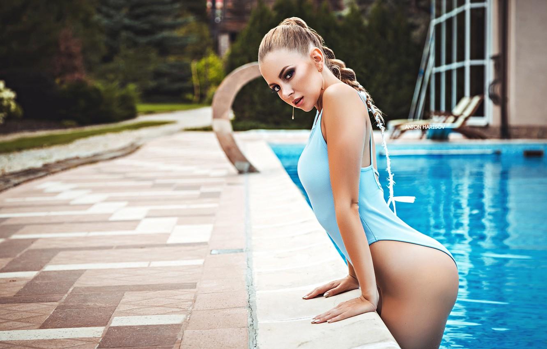 Фото обои купальник, взгляд, вода, поза, бассейн, Катрин, Антон Харисов, Katrin Саркази