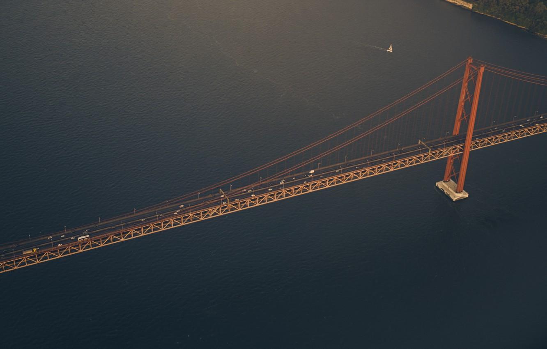 Фото обои дорога, море, машины, пролив, парусник, яхта, залив, USA, США, Detroit, Детройт, висячий мост, мост Амбассадор, …