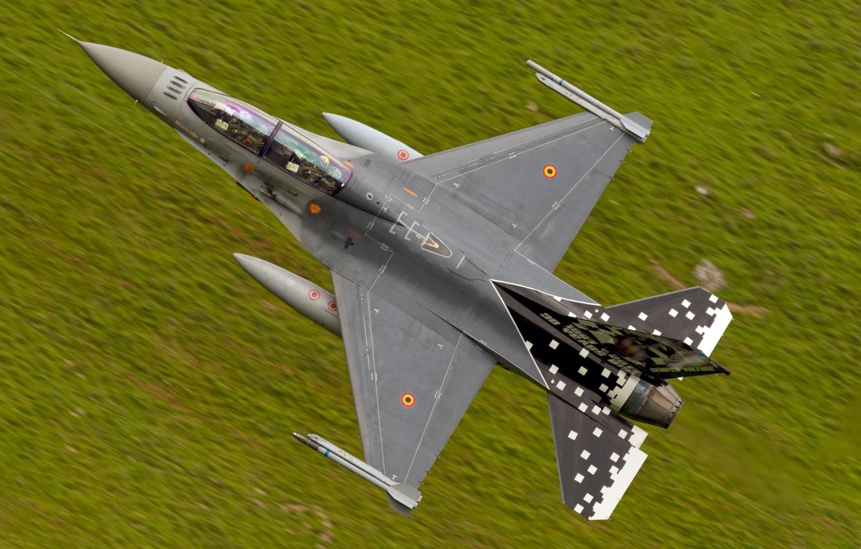 Фото обои полет, истребитель, F-16, многоцелевой