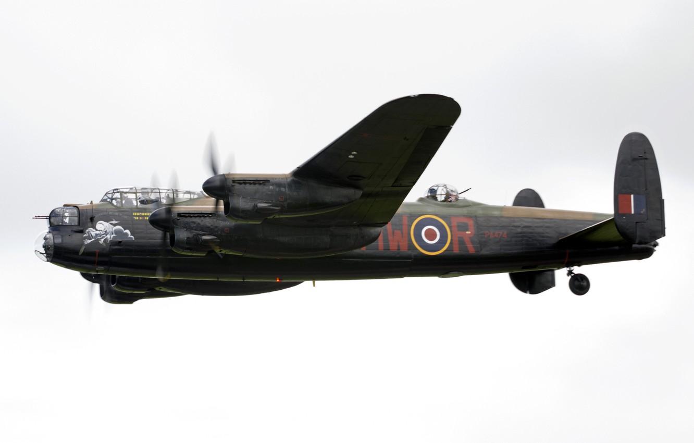 Обои avro lancaster, бомбардировщик, четырёхмоторный. Авиация foto 11