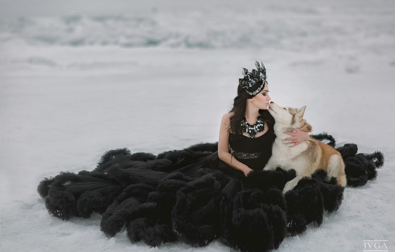Фото обои девушка, снег, поцелуй, собака, платье