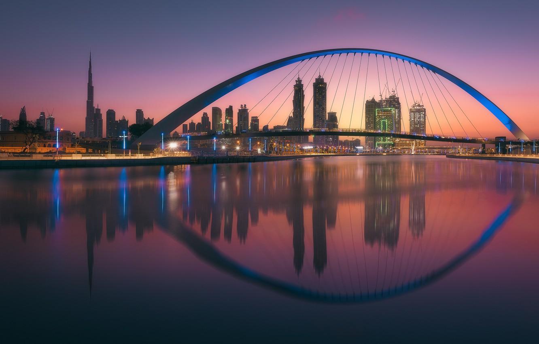 Фото обои свет, мост, город, огни, отражение, вечер, Дубай, ОАЭ