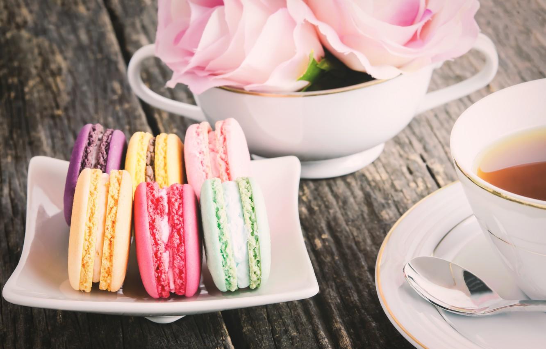 Фото обои colorful, десерт, pink, пирожные, сладкое, sweet, dessert, roses, macaroon, french, macaron, макаруны