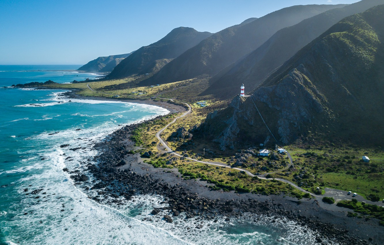 Фото обои побережье, Океан, Дорога, Маяк, Гора, Новая Зеландия, New Zealand, Ландшафт, North Island, Береговая Линия, Cape …