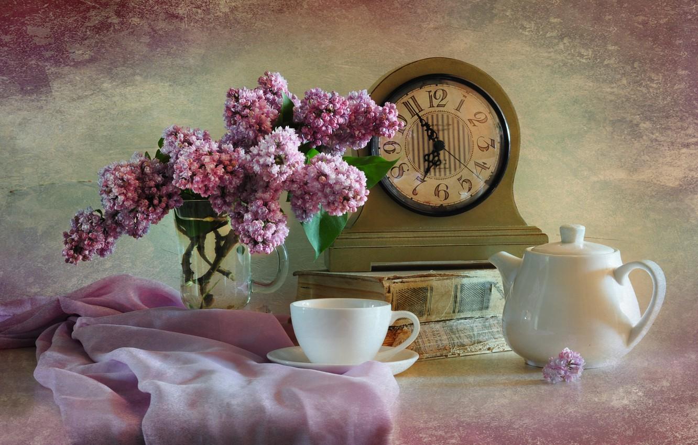 Фото обои часы, чашка, книга, натюрморт, сирень