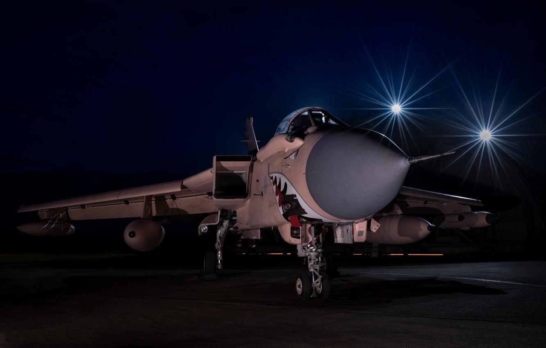 Фото обои ночь, зубы, пасть, самолёт, Panavia Tornado