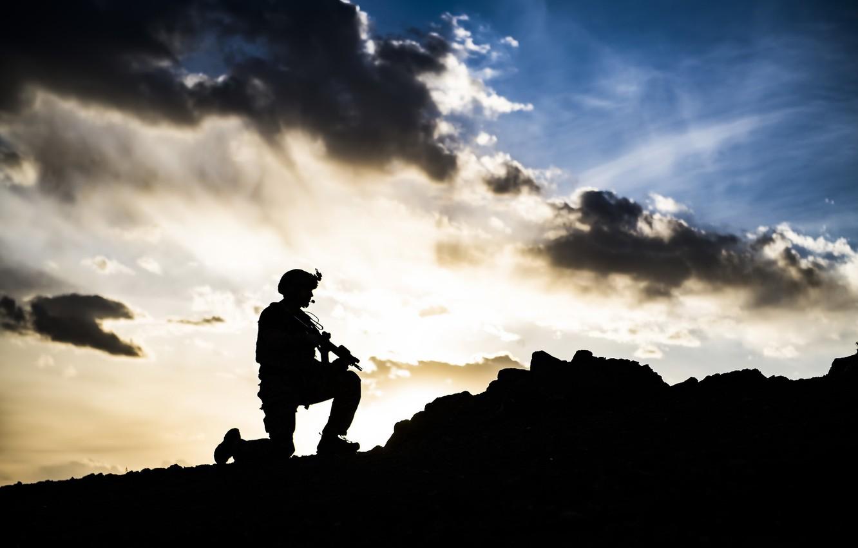 Фото обои небо, оружие, армия, солдат