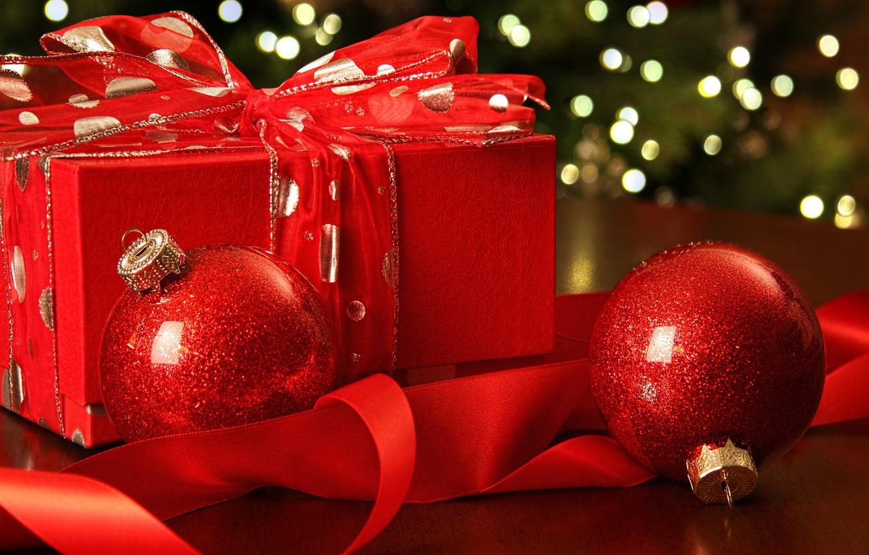 Фото обои Новый Год, Рождество, red, balls, merry christmas, gift, decoration