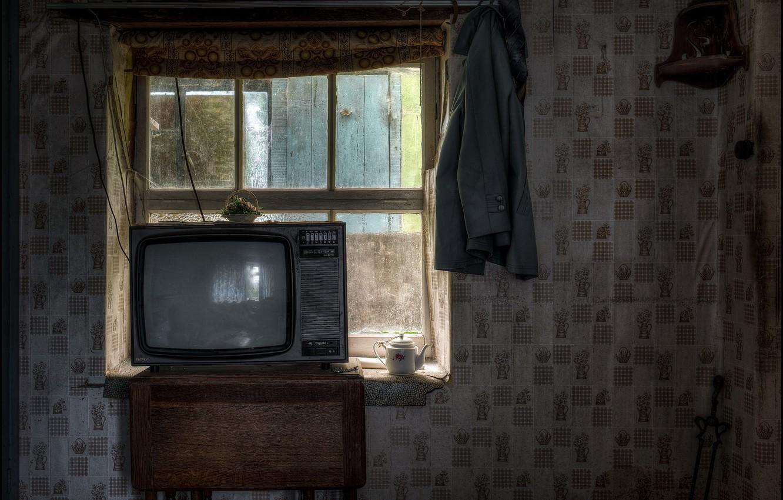 Фото обои дом, телевизор, окно