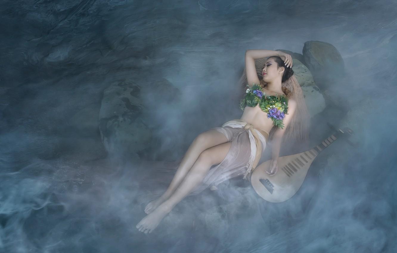 Фото обои пляж, купальник, девушка, цветы, поза, туман, камни, настроение, отдых, ноги, берег, модель, тело, сон, обработка, …