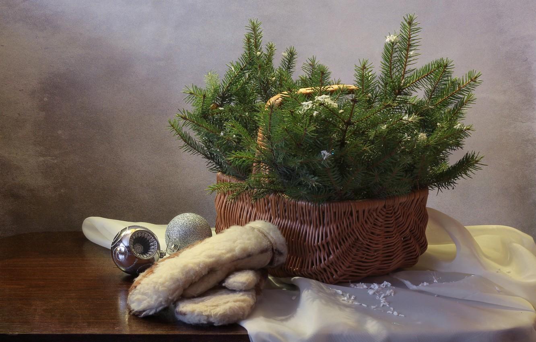 Фото обои украшения, елка, новый год, рождество, картина, натюрморт, варежки, декабрь, композиция