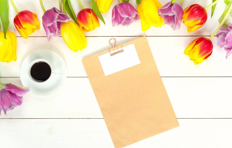 Фото обои цветы, кофе, весна, colorful, тюльпаны, fresh, wood, flowers, beautiful, tulips, coffee cup, spring, bright