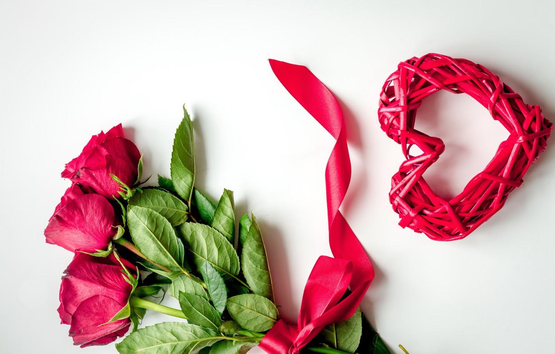 Фото обои любовь, цветы, сердце, розы, красные, red, love, heart, wood, flowers, romantic, Valentine's Day, gift, roses