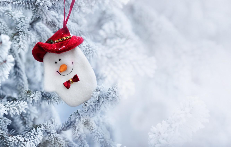 Фото обои зима, снег, игрушка, елка, Новый Год, Рождество, снеговик, Christmas, winter, snow, Merry Christmas, Xmas, snowman, …