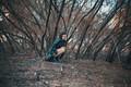 Картинка осень, девушка, деревья, настроение, ситуация, на корточках, Valentina Principi