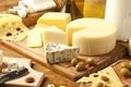 Картинка оливки, сыр, ассорти