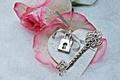Картинка winter, lock, heart, key, love, rose, romantic, petals, snow