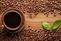 Картинка дерево, coffee, кофе, Hot, напиток, чашка, plate, стол, cup, clay