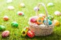 Картинка Трава, Пасха, Яйца, Корзинка, крашенки, Праздники