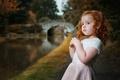 Картинка кудри, вода, водоём, природа, рыжая, мост, парк, ребёнок, девочка