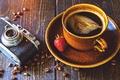 Картинка camera, клубника, grain, зерна, камера, coffee, кофе, чашка, strawberry