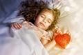 Картинка сон, корона, принцесса, сердце, ребёнок, боке, девочка
