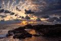 Картинка закат, облака, небо, волны, камни, море