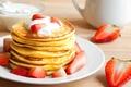 Картинка pancakes, клубника, сметана, блины