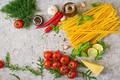 Картинка перец, томат, зелень, Лапша