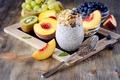 Картинка виноград, завтрак, нектарин, еда, фрукты, йогурт, черника, киви, овсяные хлопья
