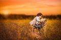 Картинка трава, любовь, фон, девочка, мама