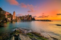 Картинка море, пейзаж, закат, побережье, здания, Италия, Italy, Лигурийское море, Вернацца, Vernazza, Cinque Terre, Чинкве-Терре, Лигурия, ...