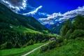 Картинка зелень, лес, небо, облака, деревья, горы, долина, Италия, домики, Bolzano