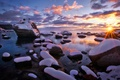 Картинка США, камни, солнце, озеро Тахо, природа, зима, снег, свет, лучи