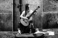 Картинка улица, музыка, девушка, гитара